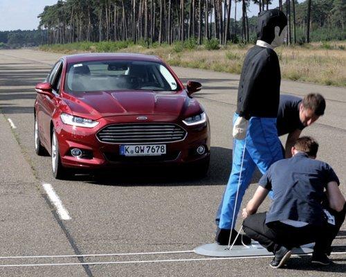 Ford научит свои машины