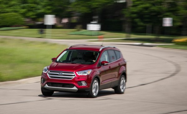 Американцы представили новинку: Обзор Ford Escape 2017