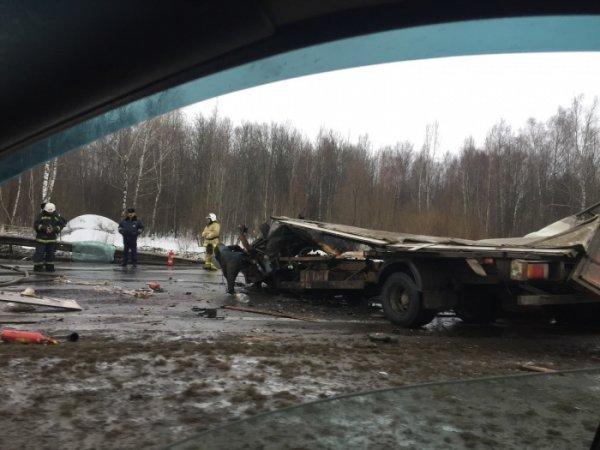 В Нижнем Новгороде в результате ДТП заживо сгорел водитель