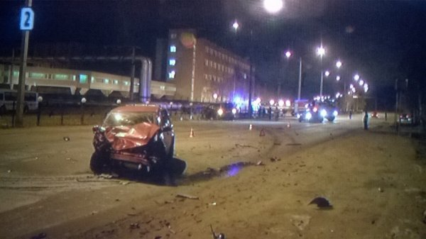 Семь человек пострадали в ДТП под Сосновым Бором в Ленобласти