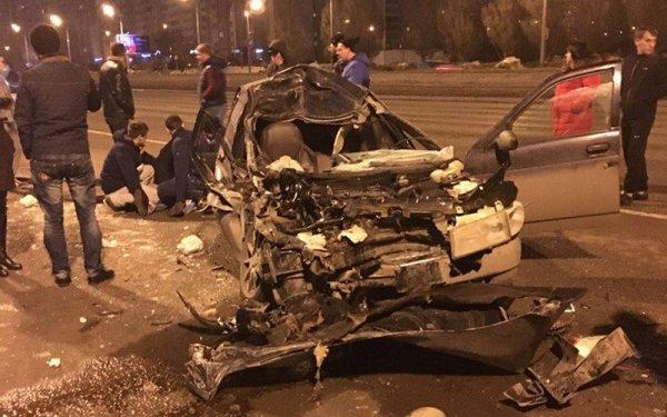 Один человек пострадал в ночном ДТП в Казани