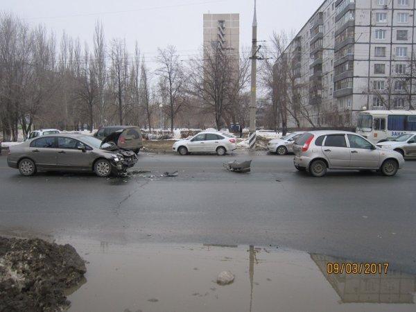Женщина и 11-месячный ребёнок пострадали в ДТП в Тольятти
