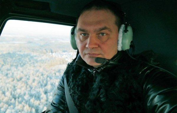 Александр Рощин убивает авторитетное имя