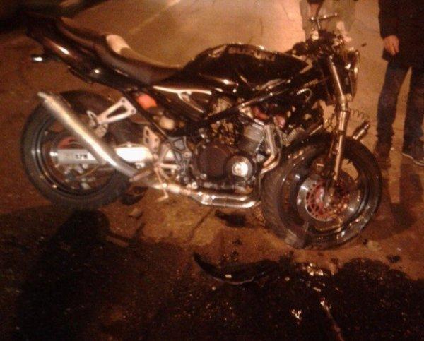В Краснодаре мотоциклист погиб в ДТП с «четверкой»