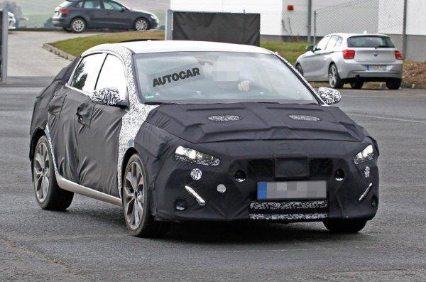 Опубликованы свежие шпионские фото фастбека Hyundai i30
