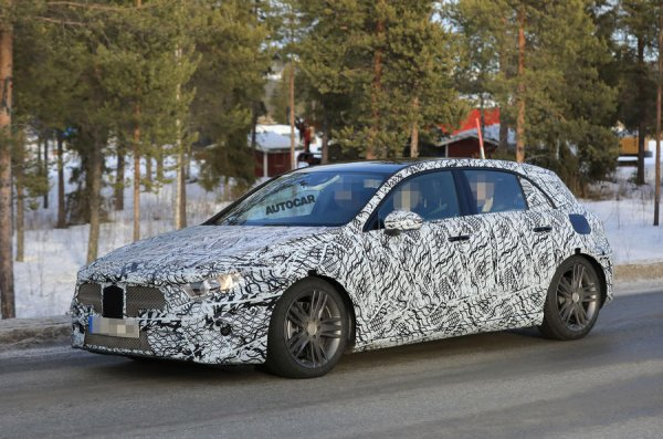 Новое поколение Mercedes-Benz A-Class проходит дорожные тесты