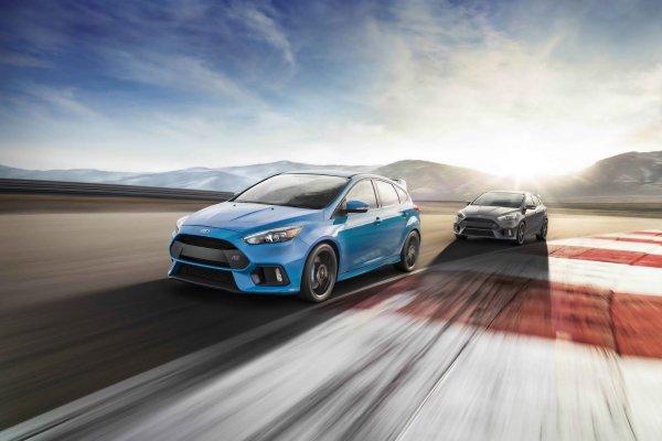Компания Ford в США продает по 16 экземпляров Focus RS ежедневно