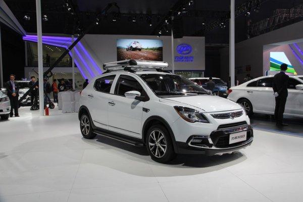 За месяц 23 автомобильных бренда изменили цены на свои автомобили