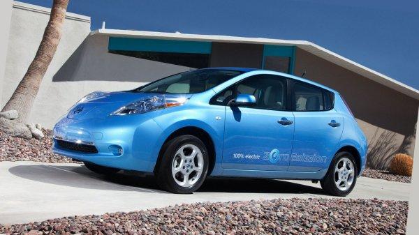 Nissan запустил сервис по каршерингу электрокаров в Японии