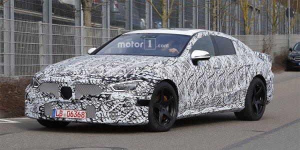 В сети появились шпионские фотографии спорткара AMG GT Concept