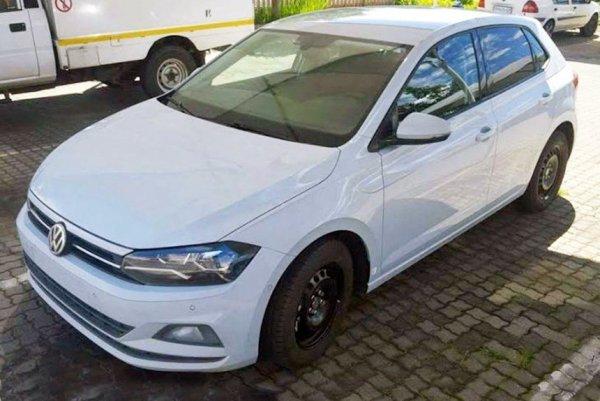Новый Volkswagen Polo появился на тестах без камуфляжа