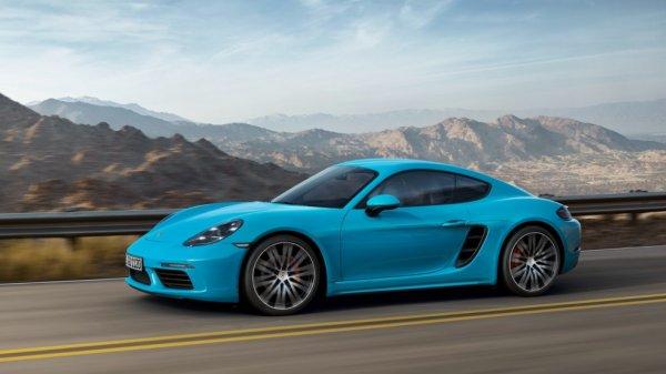Porsche подготовил автомобили к новому модельному году