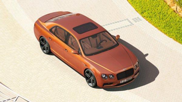 Bentley опубликовала 58-гигапиксельное фото седана Flying Spur W12 S