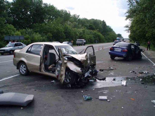 Четверо пострадали в ДТП на трассе под Томском