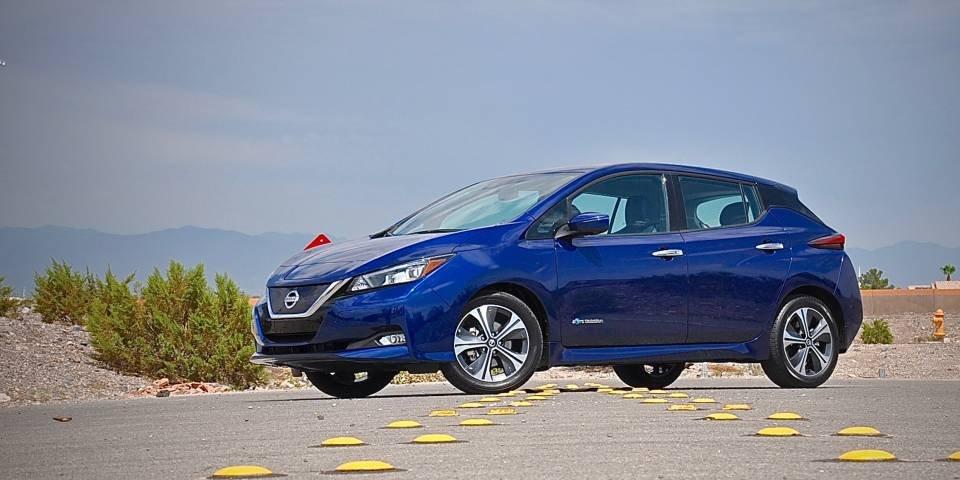 электромобиль Nissan Leaf получит электронный блок от Hitachi